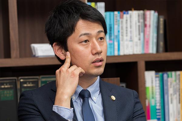 """弁護士に聞く""""大阪鶴見法律事務所""""の強み"""