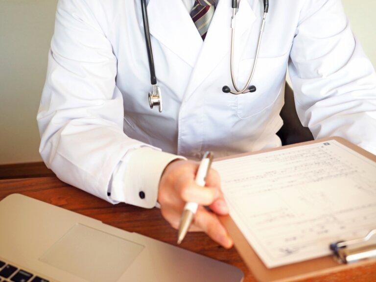 交通事故で医師の意見書をお探しの方へ
